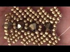 Herringbone Flat Bracelet Herringbone Wicker Bracelet Making (Ed . - Mehtap Ceylan - - Herringbone Flat Bracelet Herringbone Wicker Bracelet Making (Ed .This is one of the best beginner's bead project -this is very simple with an easy cute and versat Seed Bead Tutorials, Beading Tutorials, Beading Patterns Free, Beaded Bracelet Patterns, Bracelet Making, Jewelry Making, Herringbone Stitch, Brick Stitch, Seed Bead Bracelets