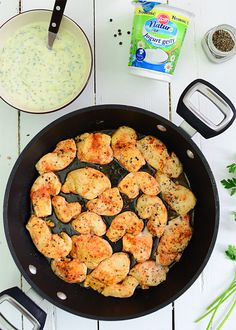 Piersi kurczaka w sosie jogurtowo-musztardowym  - etap 4 Iron Pan, Food And Drink, Kitchen, Nature, Cooking, Kitchens, Cuisine, Cucina