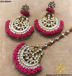 Discovering the right precious jewelry for your special someone is quite tricky although when you know where to go and the most recent trend of jewellery nowadays, it is comparatively easy. Indian Jewelry Earrings, Indian Jewelry Sets, Fancy Jewellery, Jewelry Design Earrings, Indian Wedding Jewelry, Stylish Jewelry, Fashion Earrings, Bridal Jewelry, Jewelery