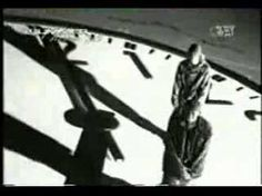 GZA/Genius Liquid Swords from his album Liquid Swords 1995 Sound Of Music, Good Music, Best Hip Hop Artists, Throwback Music, Hip Hop Classics, Old School Music, Hip Hop Videos, Daily Video, Soundtrack To My Life