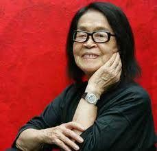 Sem dúvida foi e continuara sendo uma grande referência para designers e artistas plásticos. Adeus Tomie Otake. Tomie Ohtake, Nihon, Minimalist Art, Love Art, Style Inspiration, Female, Painting, Grande, People