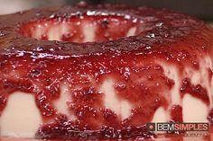 Flan de coco com coulis de frutas vermelhas, by Renata Sereguetti. http://www.bemsimples.com/br/receitas/93629-flan-de-coco-com-coulis-de-frutas-vermelhas