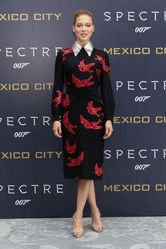 Léa Seydoux en robe Miu Miu lors du photocall du film Spectre à Mexico http://www.vogue.fr/mode/inspirations/diaporama/les-meilleurs-looks-de-la-semaine-novembre-2015/23508#la-seydoux-en-robe-miu-miu-lors-du-photocall-du-film-spectre-mexico