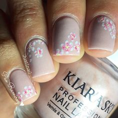 subtle floral nail design  ~  we ❤ this! moncheribridals.com #weddingnails