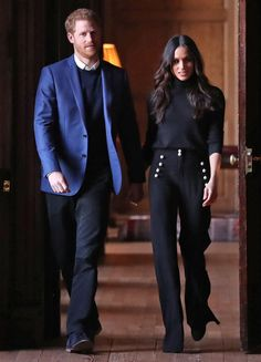 Best Meghan Markle Outfits - Meghan Markle Royal Duchess Style Tracking the Duchess of Sussex's chicest looks. Meghan Markle Suits, Estilo Meghan Markle, Meghan Markle Style, Meghan Markle Fashion, Meghan Markle Hair, Meghan Markle Dress, Fashion Mode, Work Fashion, Fashion Outfits