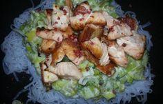 Régime Dukan (recette minceur) : Spaghetti de konjac au saumon et baies roses #dukan http://www.dukanaute.com/recette-spaghetti-de-konjac-au-saumon-et-baies-roses-11765.html