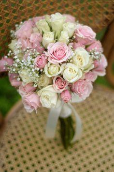 Ramo de novias rosas y mini rosas www.florescoronado.cl