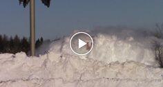 Como Um Comboio No Canadá Passa Por Uma Parede De Neve