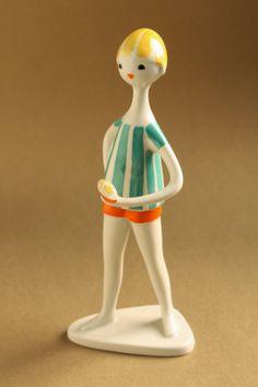 Art deco porcelain: Boy on the beach - Drasche Doll Parts, Retro Art, Clay Art, Art Deco, Table Lamp, Pottery, Ceramics, Dolls, Modernism