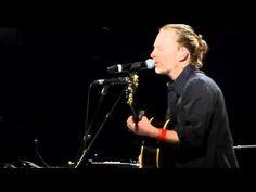 Thom Yorke - Radiohead : Desert Island Disk NEW SONG @ le Trianon 4 Dece...