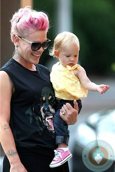 3e5a31d3fd5 singer Pink and daughter Willow in NYC Pregnancy After Miscarriage