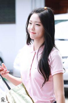 dedicated to aoa and the cutie sexy visual seolhyun Seolhyun, Kpop Girl Groups, Kpop Girls, Kwon Mina, Kim Seol Hyun, Fnc Entertainment, Girl Bands, Body Inspiration, Korean Actresses