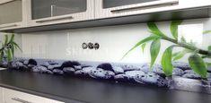 sklenená zástena z grafického skla