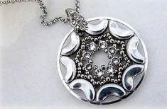 Czech 3 hole Glass Beads Arcos Par Puca Pendant