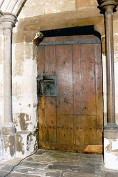 Door dating to the 1050s at the Chapter House of Westminster Abbey. It is the oldest door in Britain and the only one dated to the Anglo-Saxon period.