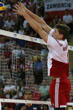 Polacy idą jak burza. Trzeci triumf w Lidze Światowej. http://sport.tvn24.pl/najnowsze,135/liga-swiatowa-polska-iran-3-1,548951.html