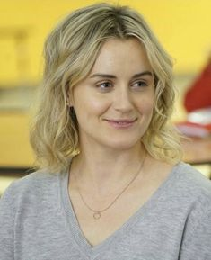 Taylor Schilling, Family Movies, Orange Is The New Black, Cute, Celebrity, Kawaii