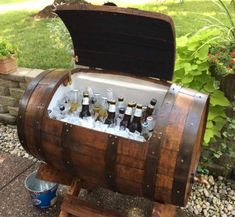 15 Cozy And Comfortable Home Outdoor Design With Sitting Area - outdoor furniture Barrel Bar, Bourbon Barrel, Barrel Projects, Wood Projects, Wine Barrel Furniture, Man Cave Home Bar, Backyard Patio Designs, Backyard Projects, Bars For Home