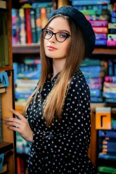 Bogdana by Olga Boyko / Portrait Photography Poses, Photography Poses Women, Portraits, Girl Photo Poses, Girl Poses, Looks Pinterest, Stylish Dpz, Cool Girl Pictures, Stylish Girl Pic