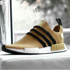 - shoes for men - chaussures pour homme - sneakers - boots - Find deals and best selling products for adidas Shoes for Women Adidas Shoes Women, Nike Shoes, Women's Shoes, Tenis Nmd, Adidas Originals, Streetwear, Style Masculin, Sneaker Boots, Athletic Fashion