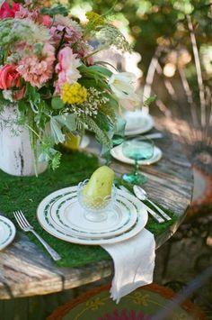 garden party wedding table decor #gardenwedding #tabledecor #weddingchicks http://www.weddingchicks.com/2014/03/12/vintage-garden-wedding-ideas-3/
