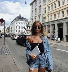 casual summer outfits for women Spring Summer Fashion, Spring Outfits, Summer Outfit, Casual Outfits, Fashion Outfits, Womens Fashion, 90s Fashion, Fashion Belts, Classic Fashion