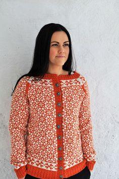 Ravelry: Ringblomst pattern by Hilde Morseth