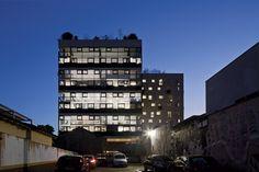 Edifício W305 / Isay Weinfeld