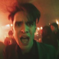 Don't Threaten Me With A Good Time Brendon Urie, Nevada, Las Vegas, Death Of A Bachelor, Brain Art, Dallon Weekes, Pop Rock Bands, How To Speak French, Panic! At The Disco
