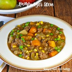 Hamburger Stew - This hearty and delicious beef stew is made with ground beef… Ground Beef Stews, Ground Beef Recipes, Crock Pot Recipe With Ground Beef, Ground Meat, Soup Recipes, Dinner Recipes, Cooking Recipes, Dinner Ideas, Chili Recipes