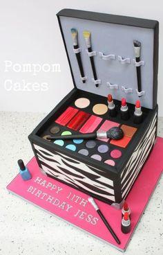 Edible Art, Makeup Case Cake