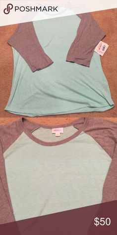"LULAROE ""Randy"" TEE Mint Green/Gray ""Randy""💄💄 NWT 💄💄💄  I bought a size too big💋MAKE ME AN OFFER LuLaRoe Tops Tees - Long Sleeve"