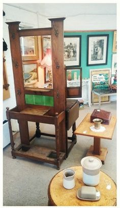A little project for us! Early 20th Century oak & tiled hall stand in arts & crafts taste - requires a small amount of work but will look lovely when finished :-)