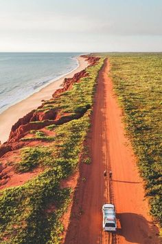 Broome, Western Australia with Luke & Jess Places To Travel, Places To Go, Travel Destinations, Dream Vacations, Vacation Trips, Wallpaper Travel, Expansion, Destination Voyage, Photos Voyages