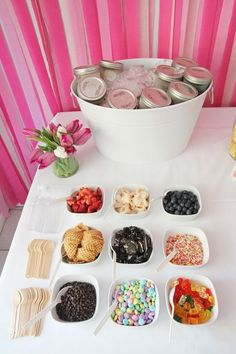 A Mason Jar Ice Cream Bar: Prescooping your ice cream and keeping it chilled in individual mason jars is a genius alternative to messy tubs. Plus, it looks great. Source: Colin Cowie Weddings birthday A Mason Jar Ice Cream Bar Bar Sundae, Sundae Toppings, Party Food Bars, Bar Food, Bar A Bonbon, 13th Birthday Parties, 14 Birthday Party Ideas, Teen Birthday, Diy Birthday Treats