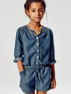 Discover the latest Massimo Dutti clothing, shoes and accessories for women, men or kids from the Spring/Summer 2020 collection. Fashion Kids, Little Girl Fashion, Denim Overall, Moda Chic, Little Fashionista, Kind Mode, Cool Kids, Kids Outfits, Girls Dresses