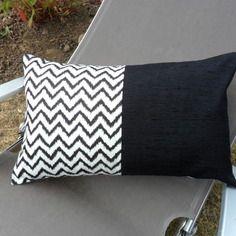housse de coussin rectangulaire graphique losanges black white black white pinterest. Black Bedroom Furniture Sets. Home Design Ideas