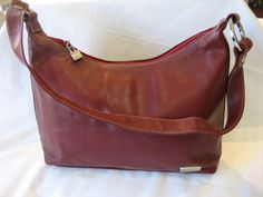 Vintage Perlina New York Burgundy Leather Shoulder by CLASSYBAG