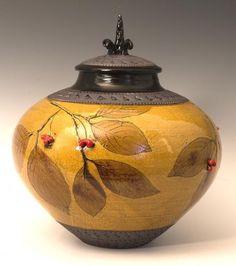 suzanne crane ceramics | Found on artscraftspotteryandtiles.com
