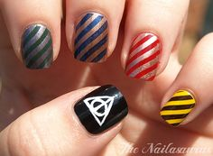 19 Must Have Literary Manicures: Buzzfeed. This one is Harry Potter houses. Brilliant!!