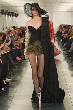 Martin Margiela Artisanal Couture Spring 2015 [Photo by Giovanni Giannoni]