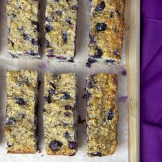 Banana & Blueberry Oatmeal Protein Bars - Save your money and eat these protein-rich, nutrient-dense protein bars to fuel you up after a workout or tide you over during the mid-morning/afternoon energy slumps. Banana Protein Bars, Diy Protein Bars, Healthy Protein Snacks, Protein Bar Recipes, Snack Recipes, Healthy Eating, Healthy Recipes, Diet Recipes, Breakfast Recipes