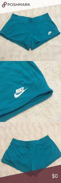 Nike Mesh Reversible Shorts Aqua Turquoise color GUC, just washed. Some pilling but still in good condition! Sz Medium. Shorts