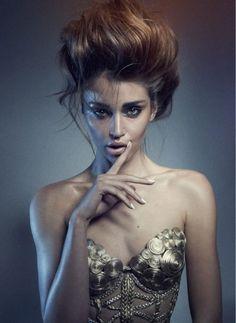 Model: Irina Shayk -- Portrait - Fashion - Editorial - Black and White - Photography - Pose Idea Beauty Photography, Portrait Photography, Fashion Photography, Portrait Poses, White Photography, Photoshoot Inspiration, Hair Inspiration, Beauty Shoot, Hair Beauty