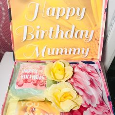 Just finished this beauty order now Happy Birthday Mummy, Mum Birthday Gift, Personalised Box, Personalized Gifts, Home Design, Birthday Care Packages, Gifts For Mum, Fake Flowers, Custom Boxes