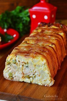 Gabriella kalandjai a konyhában :): Karfiolos-borsós csirkemell alagút Healthy Cooking, Healthy Recipes, Tunisian Food, Jacque Pepin, Good Foods To Eat, Meatloaf, Chicken Recipes, Easy Meals, Food And Drink