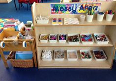 Having good storage can also be a good opportunity to teach children a valuable lesson. Classroom Layout, Classroom Organisation, Classroom Design, Preschool Classroom, Classroom Decor, Classroom Displays Eyfs, Reception Classroom Ideas, Toddler Classroom, Reception Ideas