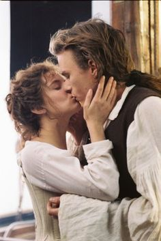 Casanova~This is a great kiss! Poor Heath Ledger...I still miss him. Another one, gone too soon!