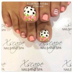 Trendy nails art flowers vintage polka dots Trendy Nail Art Blumen Vintage Tupfen This image has. Pretty Toe Nails, Cute Toe Nails, Fancy Nails, Pretty Toes, Diy Nails, Pedicure Nail Art, Toe Nail Art, Pokadot Nails, Coral Nails