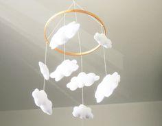 Móbile de berço, móbile com nuvens